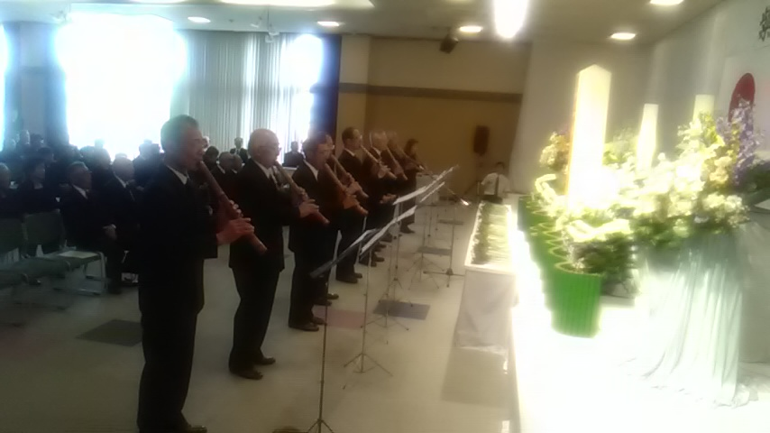 紫波町戦没者追悼式で尺八献笛